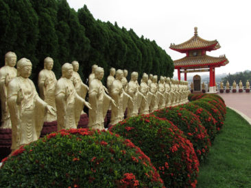 Kaohsiung - Thousand buddhas in Fo Guang Shan Monastery