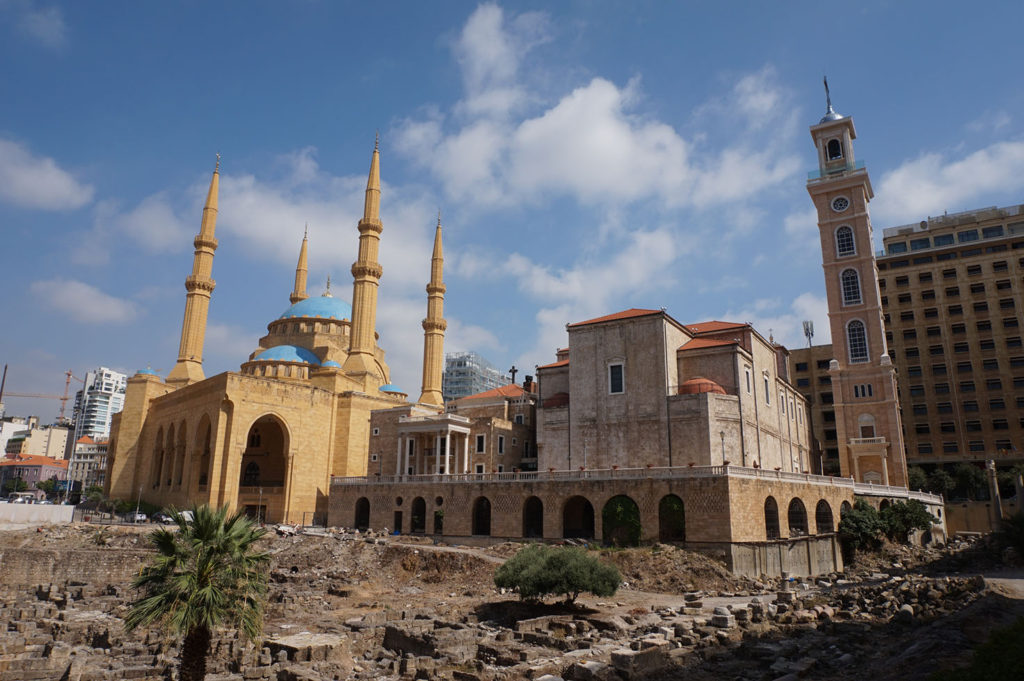 Turismo en Beirut: Mohamad al Amin Mosque and Maronite Cathedral