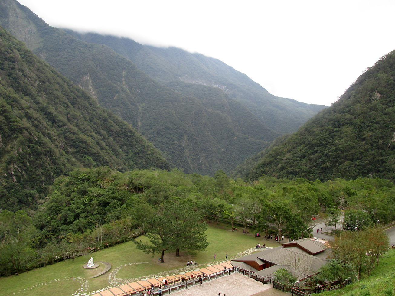 Rest area inside Taroko