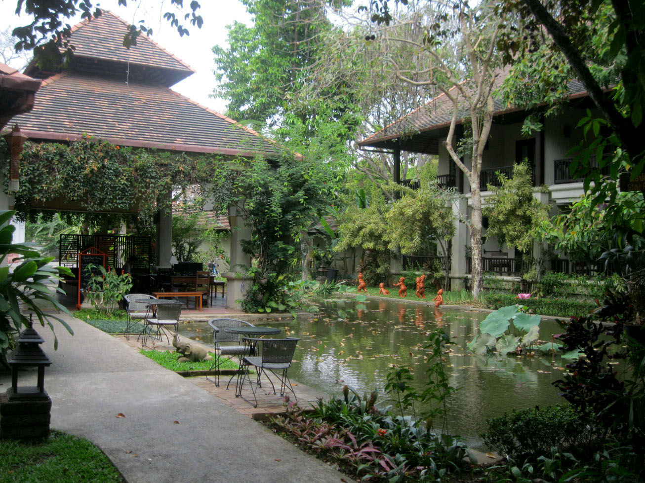 Our budget hotel outside Chiang Mai