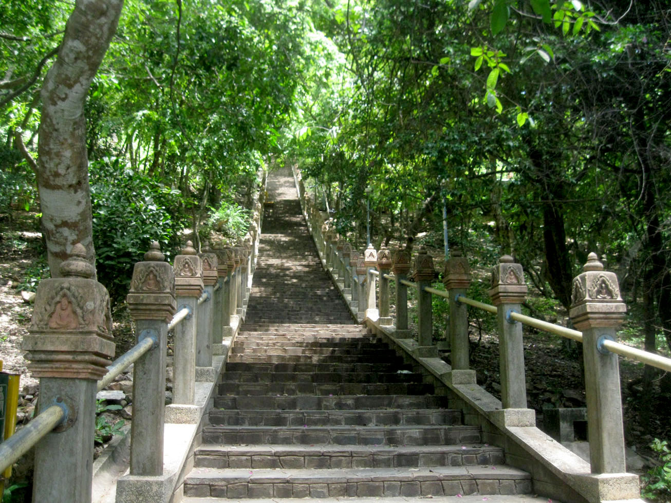 Stairs leading to Oudong